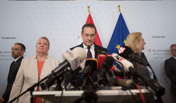 通俄被密录曝光 奥地利副总理闪辞 政府将提前大选