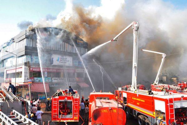 印度課輔中心大火釀20死 3負責人依殺人未遂送辦