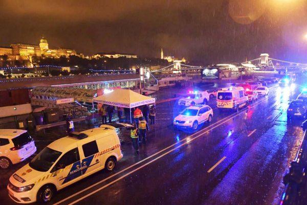 匈牙利多瑙河游轮相撞沉没 韩游客7遇难19失踪