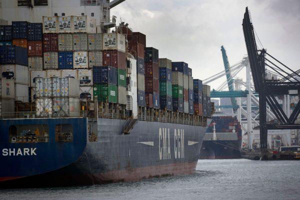 美中貿易戰 日本4月貿易順差驟降90%