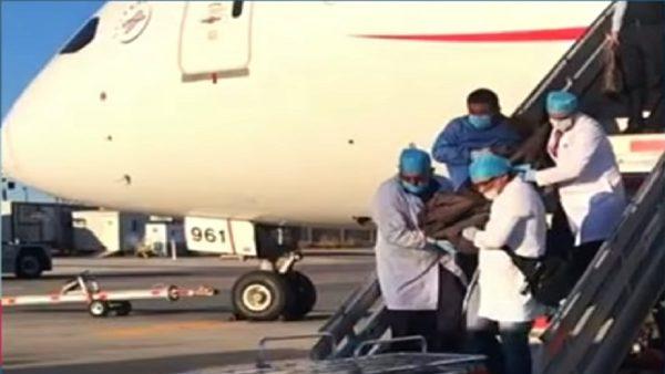 日男体内藏246包古柯碱 返国机上暴毙