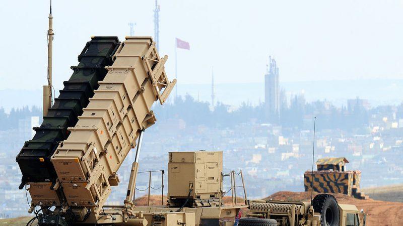 因应伊朗威胁升级 美再部署攻击舰与飞弹