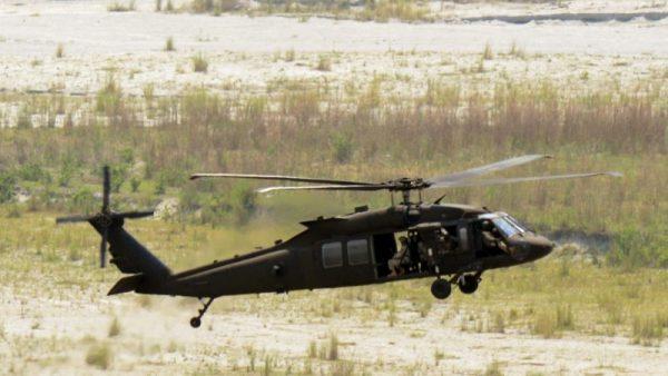网传一架中共直升机坠毁 6名军人全部坠亡