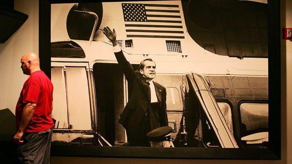 【江峰時刻】毛澤東無法理解的「屁大的事兒」菜鳥記者掀翻美國總統——水門事件