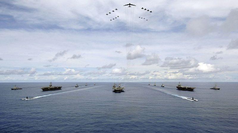 警告伊朗勿妄動 美派航母打擊群和轟炸機赴中東