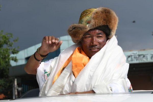 雪巴人1週內2次登頂珠峰 創24次登頂紀錄