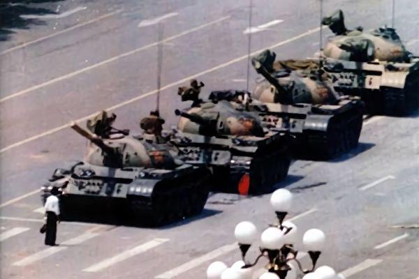 张林:纽约纪念64三十周年图片展(1)
