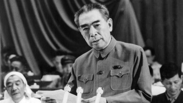 红朝秘闻:周恩来差点枪毙毛泽东