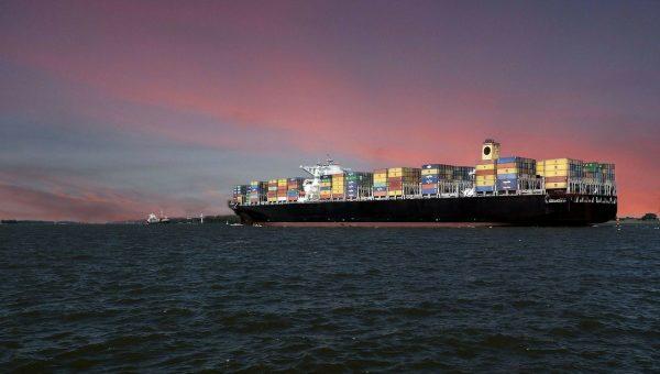 貿戰又現「勵志船」 至少10貨輪為避關稅加速狂奔