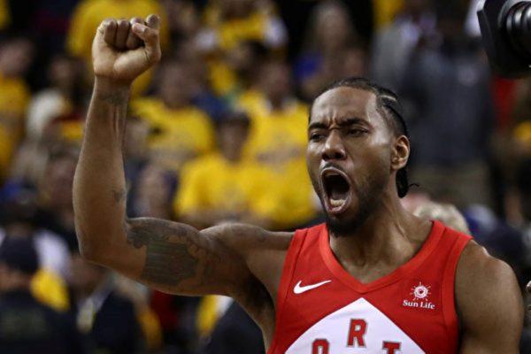 NBA球星莱昂纳德跳出合同 成为自由球员
