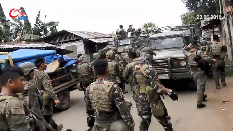 菲南军营遇袭酿8死 忧成IS替代基地 马尼拉警戒