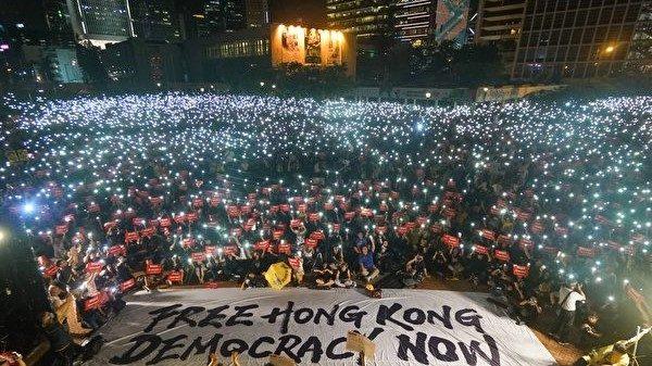 夏小强:习近平面对经济困境和香港乱局