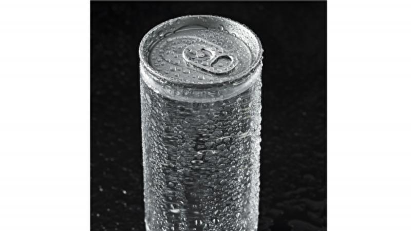 可樂罐露出透明內襯引關注