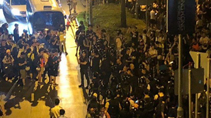 《石涛聚焦》抗议胜利一局 香港立法会被迫延迟《逃犯条例》二读