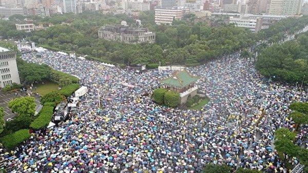 夏小強:為什麼台灣最美的風景是人?