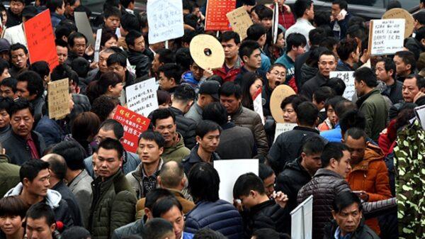 中國就業形勢嚴峻 3大動向洩實情
