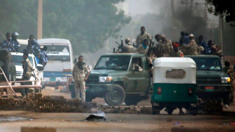 苏丹军方血腥镇压 酿35死数百人伤