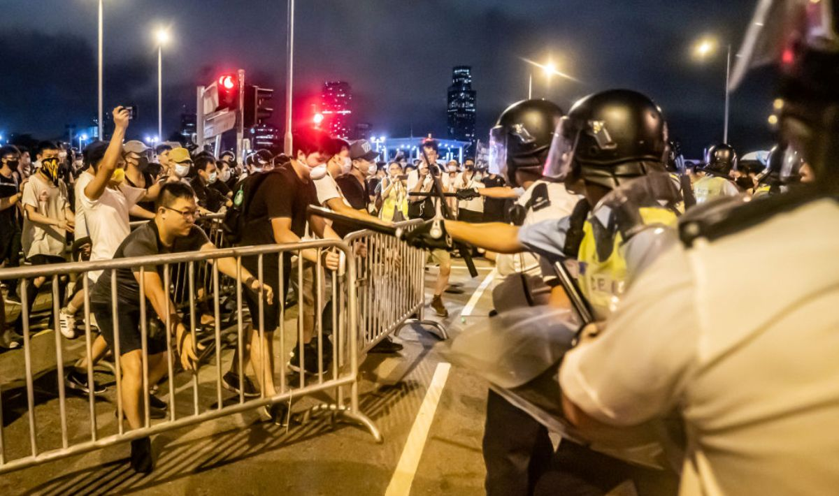 [新聞] 反送中抗議升級 港人籲罷工罷市 6.12包圍