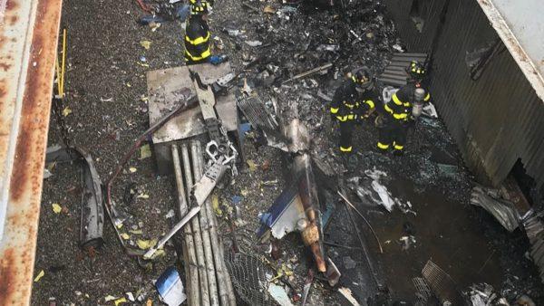 直升机曼哈顿高楼屋顶坠毁 酿1死