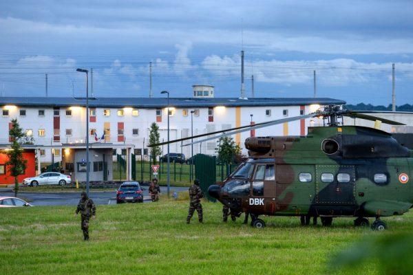 法國監獄囚犯挾人質 僵持5個小時平安獲釋