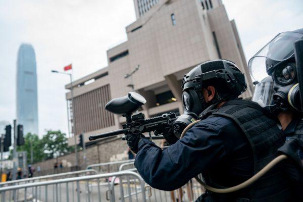 《石涛聚焦》香港警务处长卢伟聪:定性今天6.12事件 – 骚乱暴动