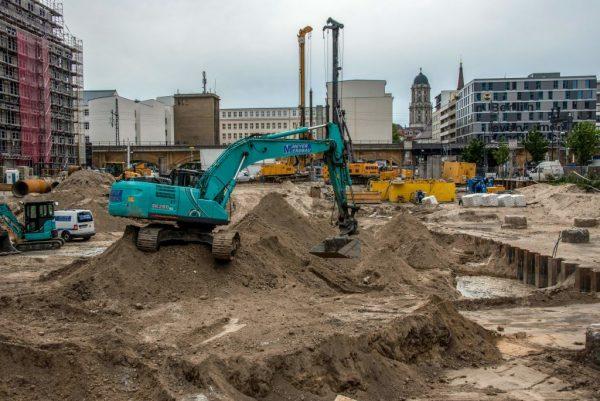 柏林发现二战雷管完整未爆弹 警急疏散民众
