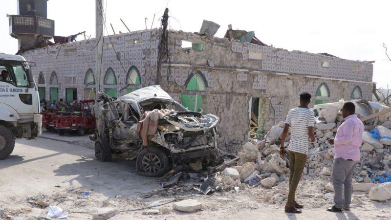 索马利亚首都连2起汽车炸弹 酿8死16伤
