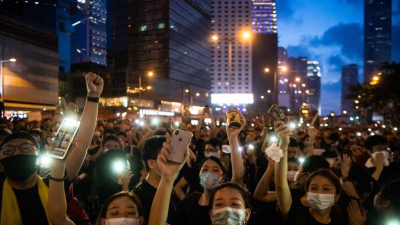 港人號召27日再上街 抗議中共《國歌法》