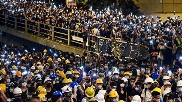《石涛聚焦》港警高层涉嫌作恶造假 冒充病人栽赃抗议者