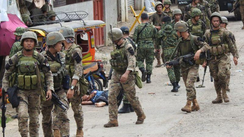 菲南军队遇袭酿5死9伤 IS称犯案