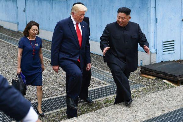 章天亮:川金会三度举行 为什么我不看好朝鲜半岛无核化?对付朝鲜最有力的招数是什么?