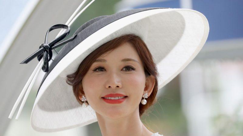 林志玲婚後首度亮相 優雅甜笑「很開心」