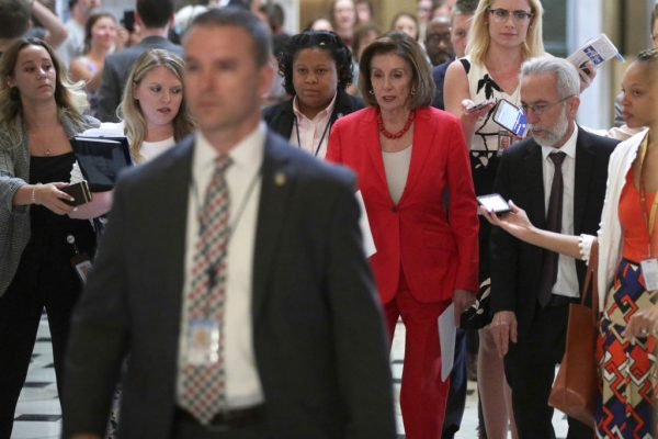 眾院批准邊境援助法案 川普讚籲徹底解決危機