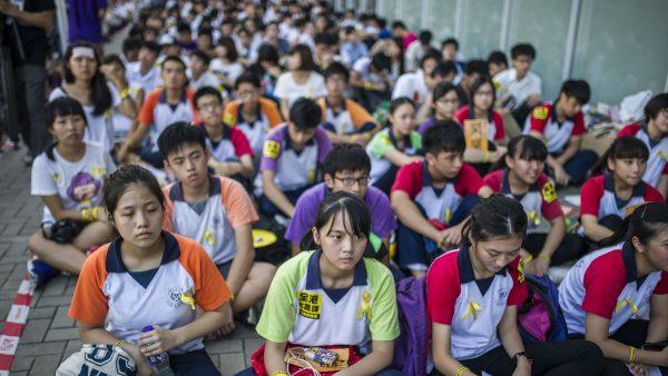 香港局势加速恶化 教协宣布全面罢课