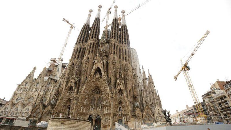 """高人气非法建筑""""圣家堂"""" 等了137年建造才到手"""