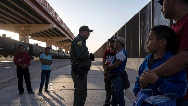 美参众两院各自通过边境资助法案 内容迥异难调和
