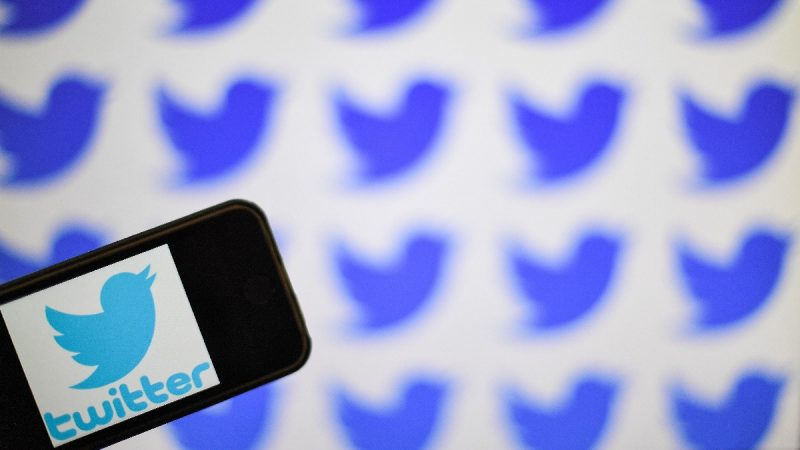 川普指控社交媒体企图操纵大选 警告或予起诉