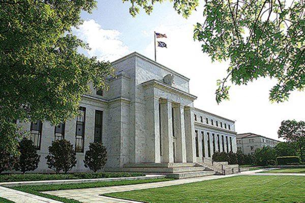 美联储7月降息预期飙升 金银价涨势持续