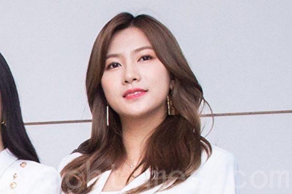 Apink夏荣刚过生日 今宣布8月solo出道