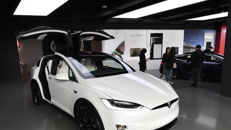 想要买一辆特斯拉Model 3?
