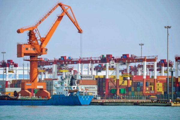贸易战延烧 中国进出口双降 内需萎缩严重