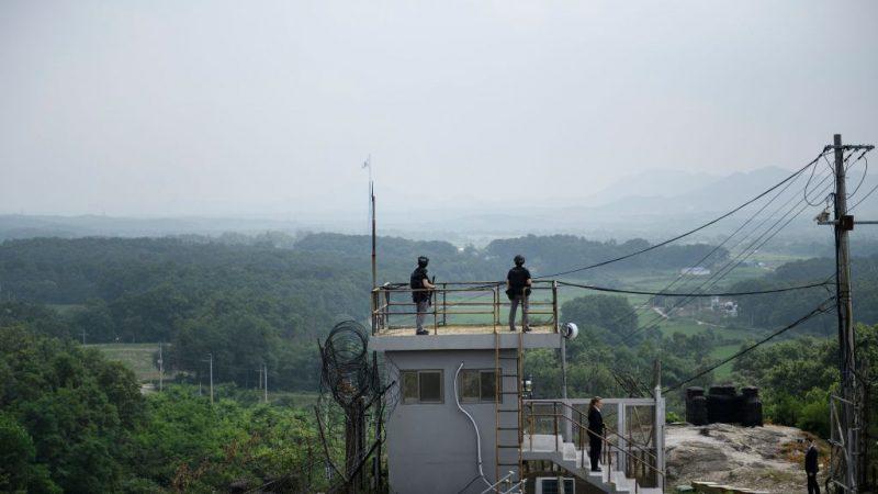 非军事区现不明飞行器 韩军出动战机应对