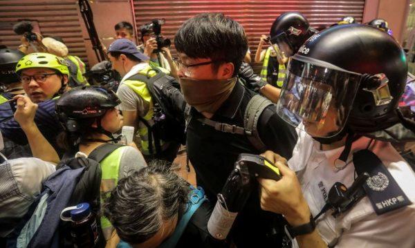 前美驻港总领事警告中共:若军队镇压香港会很丑陋