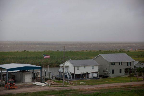 热带风暴巴里进逼路州 新奥尔良大淹水