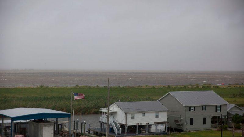 熱帶風暴巴里進逼路州 新奧爾良大淹水
