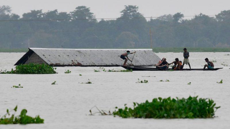 豪雨洪水肆虐  印度45人丧生近7百万人受影响