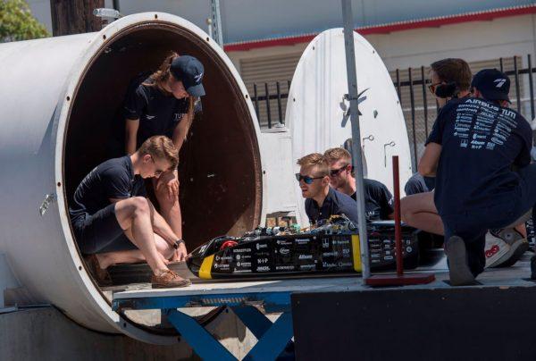TUM队赢得SpaceX超回路列车大赛