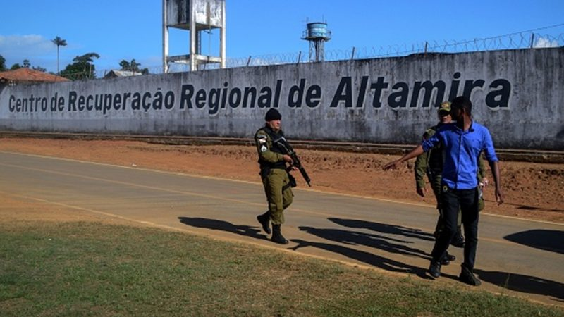 巴西監獄幫派鬥毆縱火 腥風血雨至少57人死