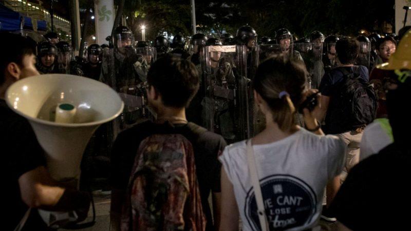 質疑港府指令不當  港警親屬致信林鄭提3大訴求