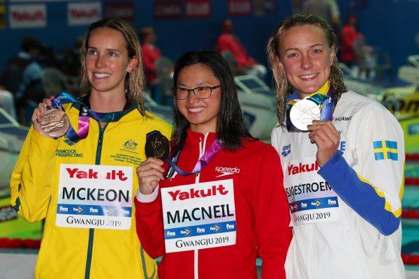 击败3届冠军 加拿大19岁泳花世泳赛夺金